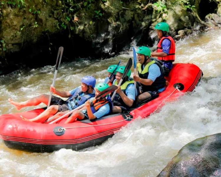 Rafting Bali Ubud - Nikmati Keseruannya Mulai Rp 150.000