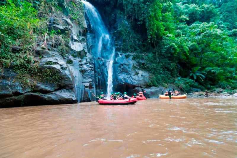 Air Terjun Sungai Ayung Bali
