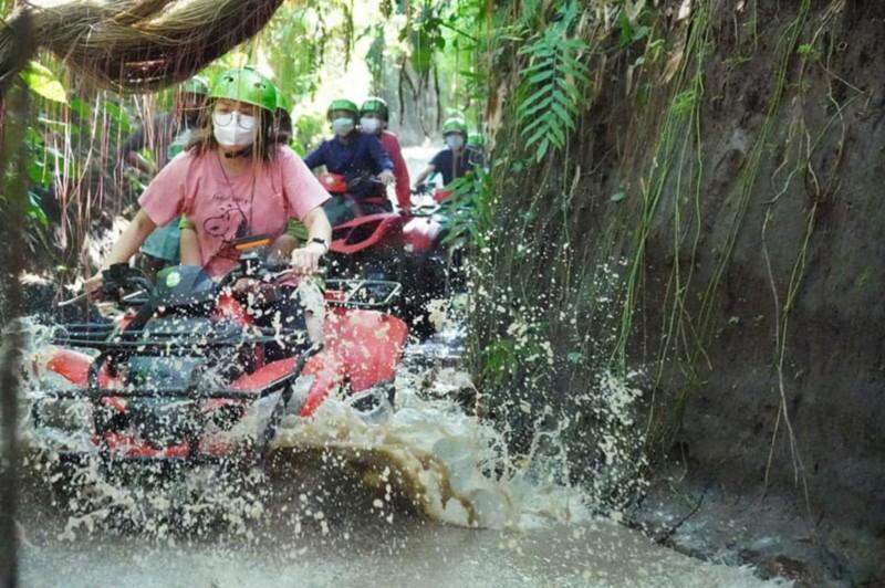 Petualangan ATV Bali Trek Sungai